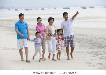 一家人在海边度假 - 站酷海洛正版图片, 视频, 音乐