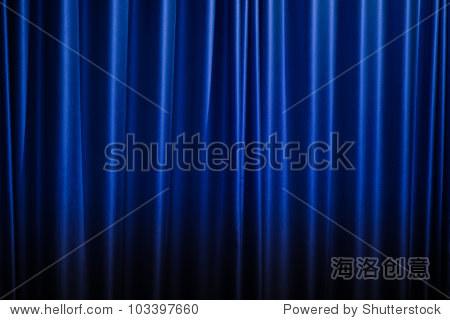 深蓝色的窗帘背景.
