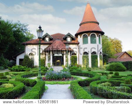 小城堡灌木篱墙院子 - 建筑物/地标,复古风格 - 站酷