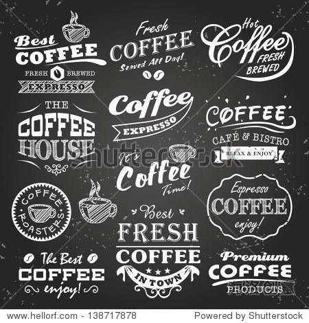 集咖啡店草图,标签和版式设计在黑板背景