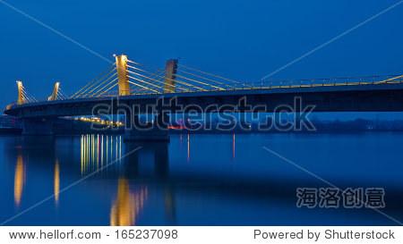 ��in9l$yi��d#9.�_beautiful bridge over drava in ptuj long exposure