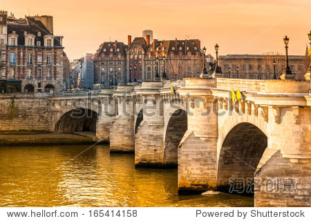 九,岛桥,法国巴黎