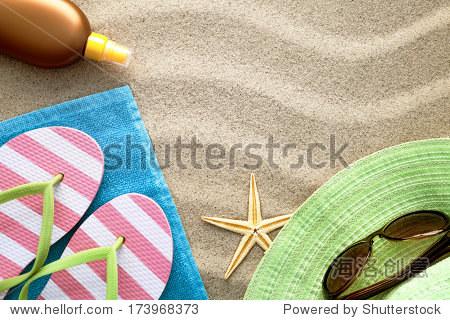 毛巾图纸,拖鞋,背景,帽子,太阳眼镜,防晒油和海简单沙滩熊本图片