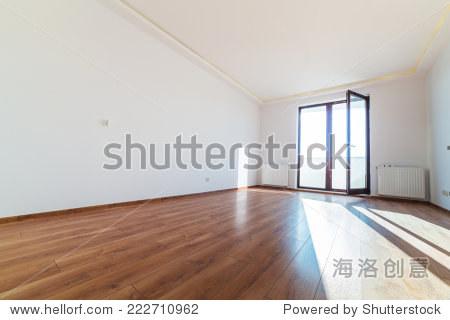 公寓室内装修后与木地板