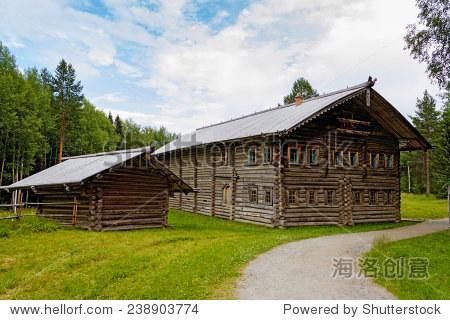 传统的俄罗斯木屋储备malye科莱