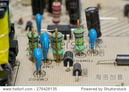 电阻安装在一个电路板