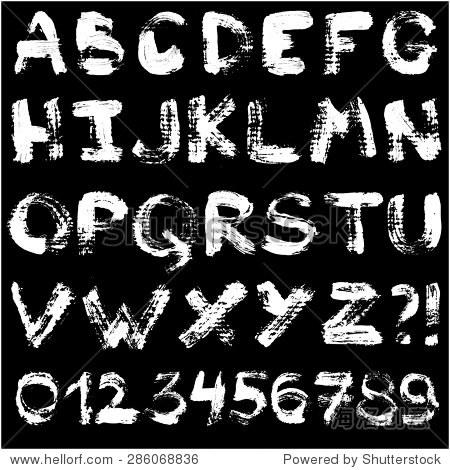 手绘水粉画字母表.手写的白色字体孤立在黑色背景.