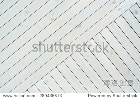 对角线白色木板结构设计