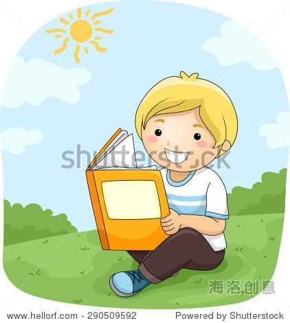 一个小男孩在户外看书