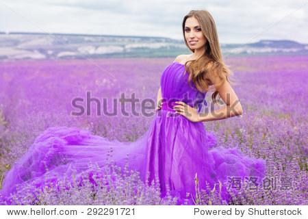 紫色服裝設計