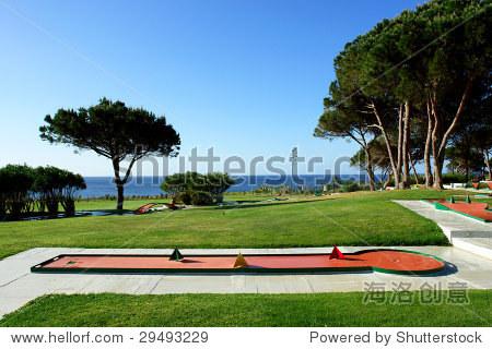 在海滩和迷你高尔夫球场公园运动胜地,阿尔加维,葡萄牙