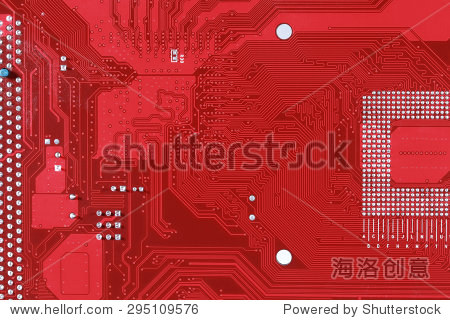 红色的电路板结构背景的特写电脑主板
