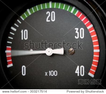 汽车转速表