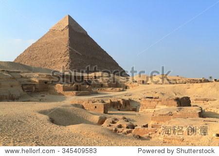 在埃及吉萨金字塔和狮身人面像
