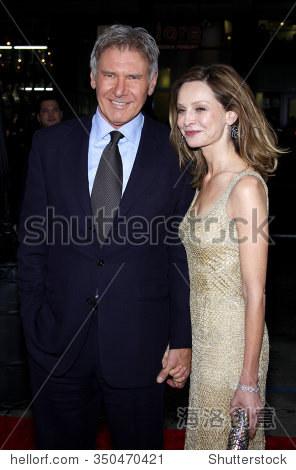 """哈里森·福特和卡莉斯塔弗洛克哈特在洛杉矶的首映式"""""""