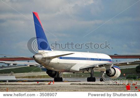 飞机 450_317