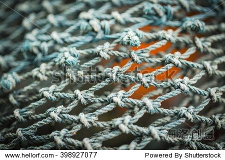 鱼网的编织三角眼方法图解