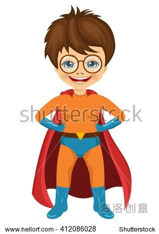 小男孩戴眼镜穿着超级英雄服装