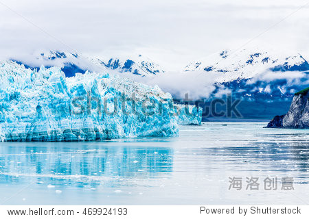blue ice of hubbard glacier