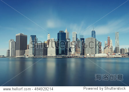 downtown manhattan skyline over east river in new