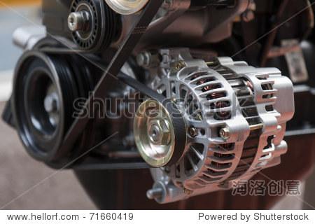汽车交流发电机供电的电路