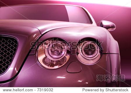 现代汽车大灯的设计