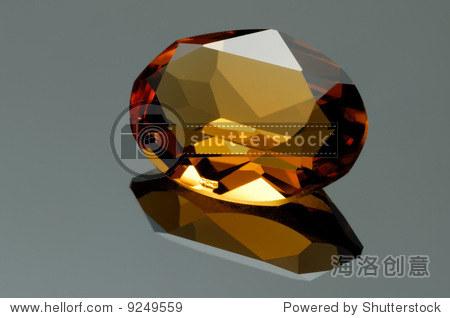 美丽的黄色椭圆形宝石表面反射 - 物体,交通运输