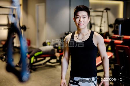 健身房教练肖像 - 站酷海洛正版图片, 视频, 音乐素材