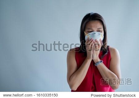 hygienic mask  woman wear dust mask