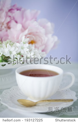 the image of flower and tea set