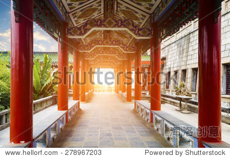 The corridors of ancient buildings in China