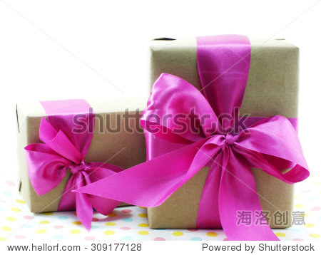 wrapped vintage gift box with pink ribbon bow
