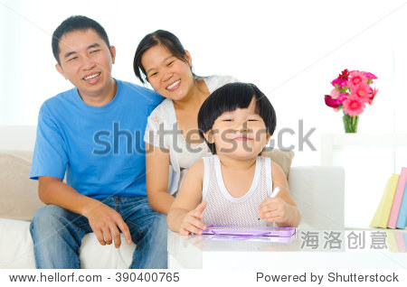 Cute asian kid drawing   child education concept.