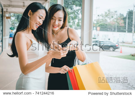 Young woman while enjoying a day shopping