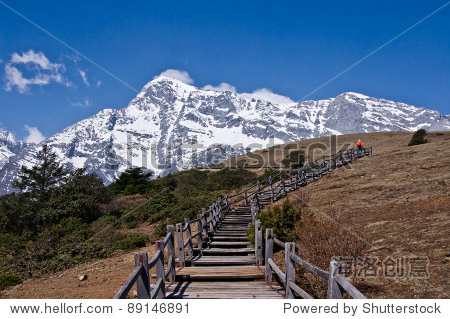 Hikking trails on the summit of Yak Meadow, Jade Dragon Snow Mountain in Lijiang , Yunnan China