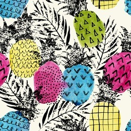 Colorful pineapple with watercolor and grunge texture seamless pattern. Watercolor stain, paint splatter. Abstract watercolor pineapple shape, grunge palm leaves in pop art style. Summer background