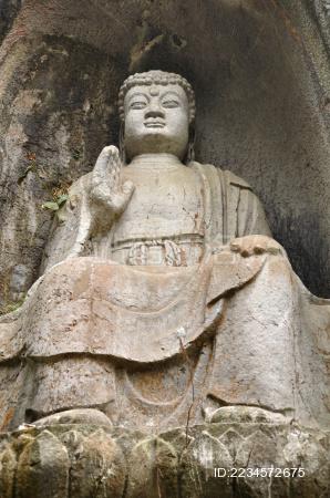 杭州灵隐寺飞来峰上的佛像