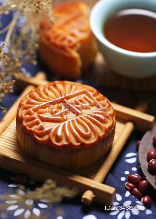 中秋节月饼豆沙馅