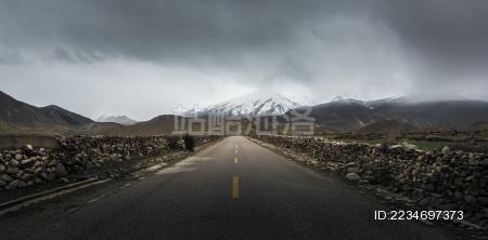 西藏公路风光