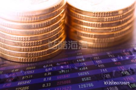 金币与股票K线图