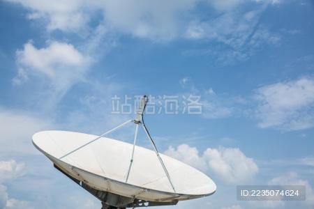 卫星接收天线