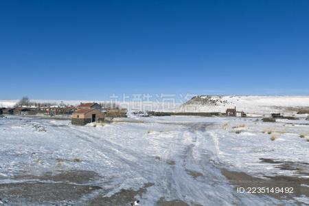 内蒙古锡林郭勒盟草原住宅建筑景观