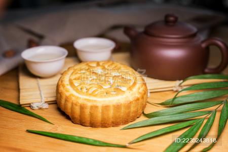中秋月饼团聚团圆