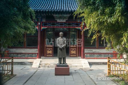 赵朴初雕像建筑景观