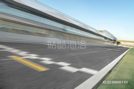 蓝天白云下的天津国际赛道