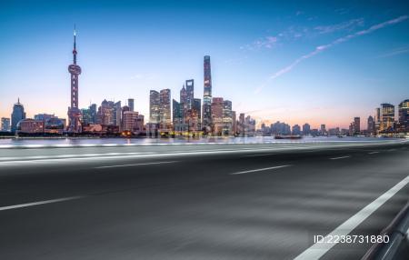 上海陆家嘴现代建筑群道路