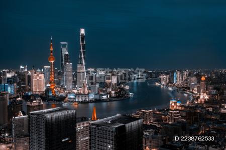 上海外滩陆家嘴CBD风光