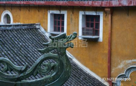 寺庙里的屋顶